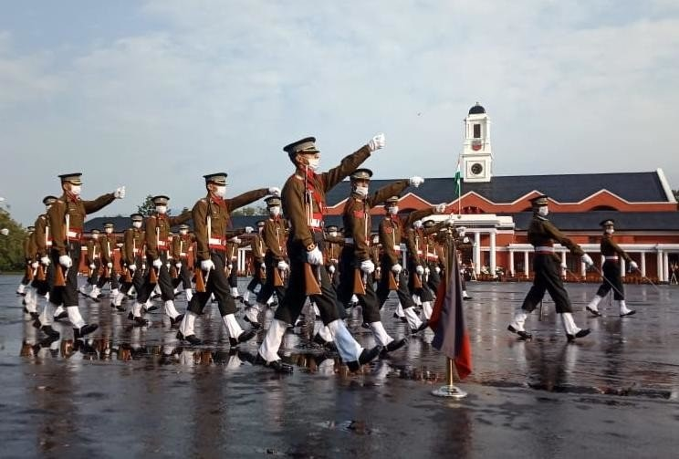 325 सैन्य अधिकारी देश को मिले