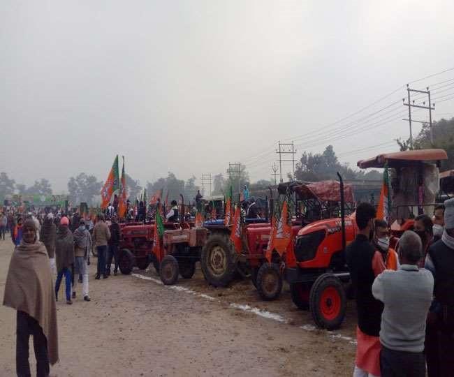 किसान ट्रैक्टर रैली: मुख्यमंत्री त्रिवेंद्र सिंह रावत ने कहा, मोदी किसानों की आय को दोगुना करना चाहते हैं