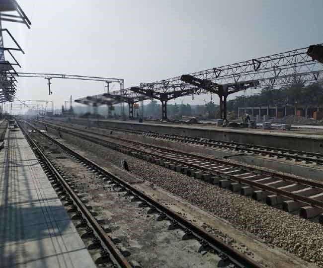 ऋषिकेश-कर्णप्रयाग रेल लाइन: लोनिवि के इस नियम ने अटकाया ऋषिकेश-कर्णप्रयाग रेलवे लाइन का काम, जानें