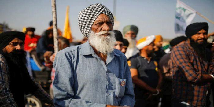 किसान विरोध: बोर्डर पर किसानों का आंदोलन जारी रहेगा या कहीं और भेजा जाएगा, आज सुप्रीम कोर्ट में सुनवाई होगी