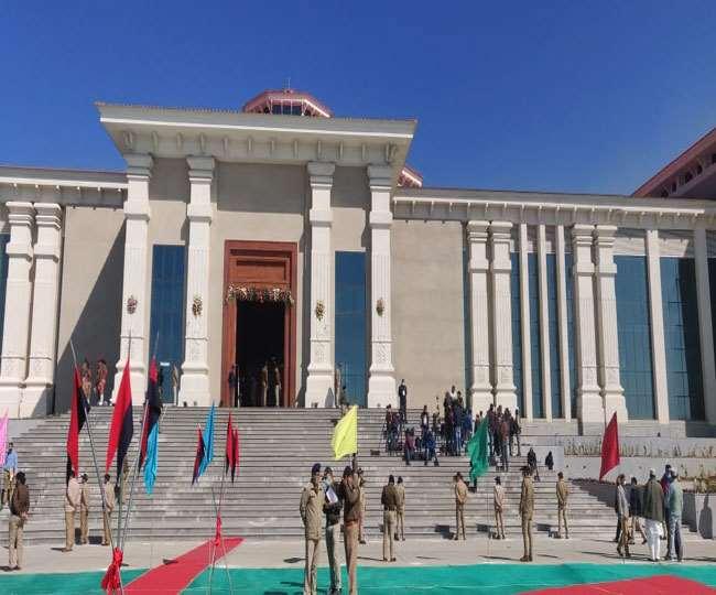 Uttarakhand Budget Session 2021: कांग्रेस का सदन में हंगामा भ्रष्टाचार को लेकर