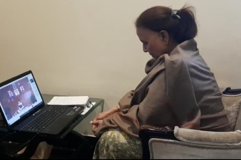 उत्तराखंड: इंदिरा हृदयेश ने ऑक्सीजन सिलेंडर और इंजेक्शन की कालाबाजारी रोकने की मांग उठाई