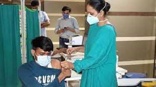 उत्तराखंड : 18 से 44 साल के लोगों का टीकाकरण 10 मई से उत्तराखंड में शुरू होगा