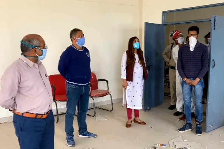 उत्तराखंड : नर्सिंग कॉलेज को कोविड केंद्र बनाने की तैयारी तेज, डीएम ने किया निरीक्षण