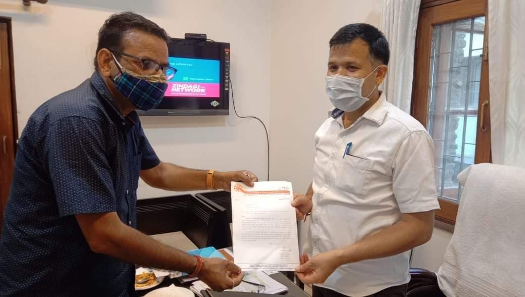 उत्तराखंड : राजेंद्र रावत महासचिव उत्तराखंड फिल्म एसोसिएशन ने लोक कलाकारों को आर्थिक सहायता देने की मांग की।