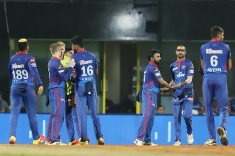 ब्रेकिंग: आईपीएल 2021 इस सीजन के लिए निलंबित, राजीव शुक्ला ने की घोषणा