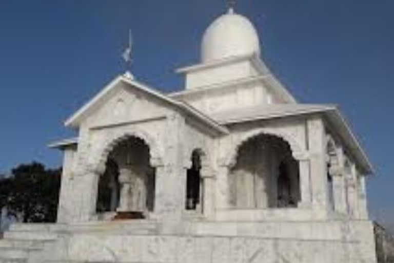 उत्तराखंड मसूरी: कोविड 19 के कारण आम जनता की नो एंट्री भद्रराज पूजा मे