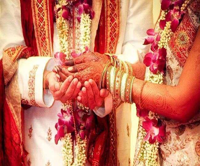 उत्तराखंड : कोविड दिशा निर्देशों को ताक पर रखने वाले दो विवाह समारोह आयोजकों के विरूद्ध अलग- अलग अभियोग पंजीकृत