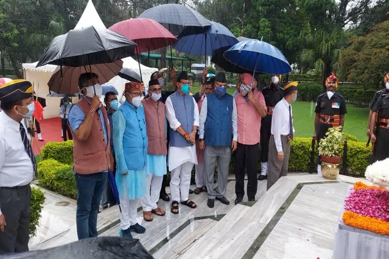 उत्तराखंड कारगिल दिवस: सीएम धामी का ऐलान, शहीदों के परिवारों को मिलेंगे ₹10 हजार, बच्चों को कोचिंग देने में मदद