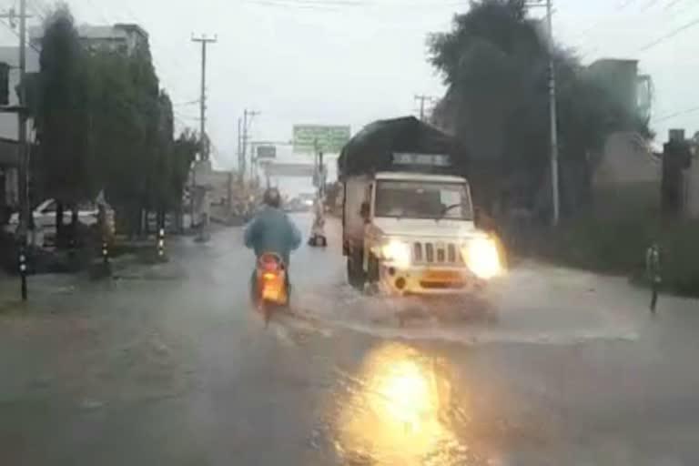 उत्तराखंड ऑरेंज अलर्ट: पूरे उत्तराखंड में बारिश का तांडव, कई इलाकों में त्रासदी