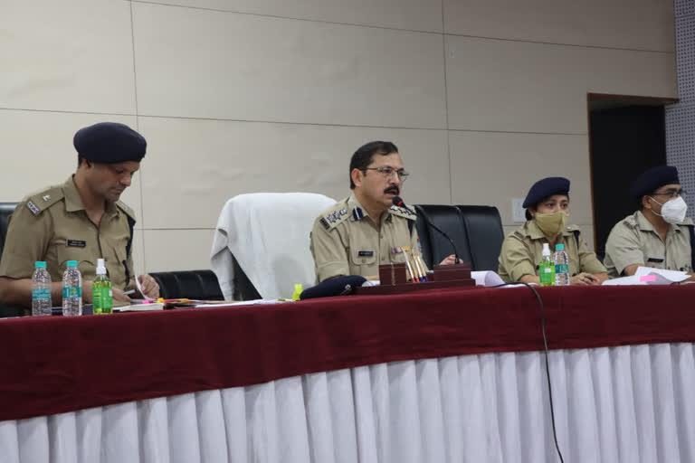 उत्तराखंड : फरार अपराधियों को पकड़ने का अभियान शुरू व इनामी अभियान शुरू, एसएसपी ने दिए सख्त निर्देश
