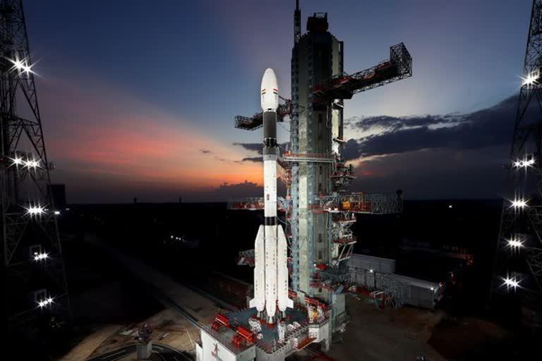 भारत न्यूज़ : 12 अगस्त को इसरो की ओर से धरती पर निगरानी रखने वाले उपग्रह ईओएस-03 का प्रक्षेपण किया जाएगा। , EOS-03 मिशन के लिए उलटी गिनती शुरू