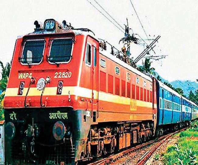 उत्तराखंड : आत्महत्या करने ट्रेन के आगे लेट गया युवक, गेटमैन ने हाथ खींच कर बचाई जान