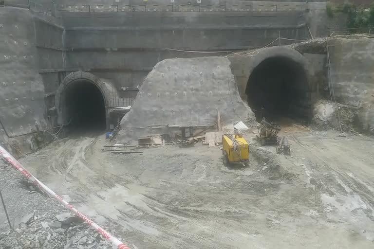 उत्तराखंड : कोरोना काल में धीमा पड़ा ऋषिकेश-कर्णप्रयाग रेल लाइन निर्माण कार्य, पीएम मोदी का 'ड्रीम प्रोजेक्ट'