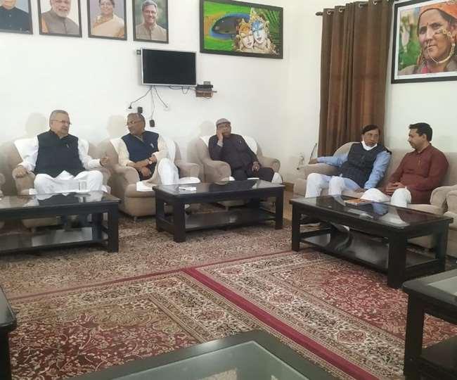 उत्तराखंड : प्रदेश भाजपा संगठन में नेतृत्व परिवर्तन की सुगबुगाहट के चलते नेताओं ने लगाई दिल्ली दौड़।