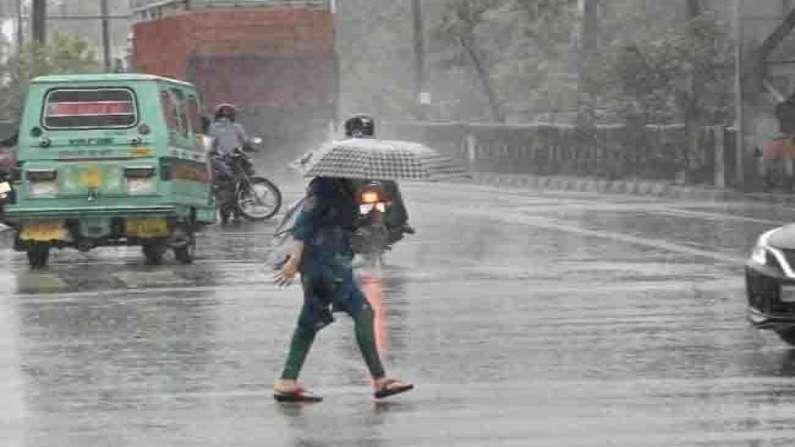 उत्तराखंड न्यूज़ : उत्तराखंड में रविवार और सोमवार को भारी बारिश की संभावना, रेड अलर्ट जारी