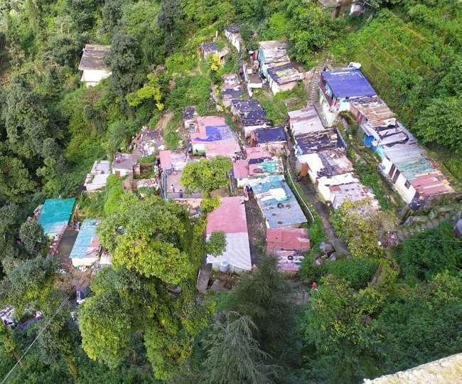 उत्तराखंड : मसूरी के शिफन कोर्ट से हटाए गए परिवारों के लिए मसूरी नगर पालिका ने जमीन चिह्नित कर ली