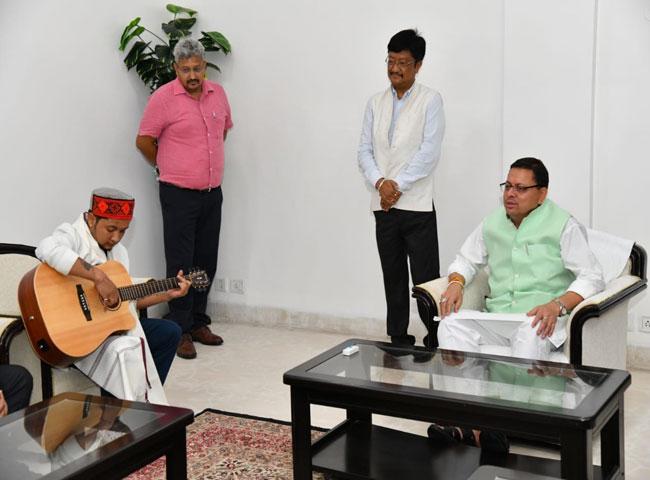 उत्तराखंड : इंडियन आइडल विजेता पवनदीप राजन बने उत्तराखंड के ब्रांड एंबेसडर, सीएम धामी से मिले