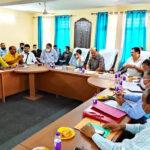 उत्तराखंड टिहरी ब्रेकिंग न्यूज़ : कुंजापुरी पर्यटन विकास मेले की तैयारियों को लेकर कैबिनेट मंत्री सुबोध उनियाल ने शीर्ष अधिकारियों के साथ बैठक की , मेला 7 अक्टूबर से 13 अक्टूबर तक चलेगा