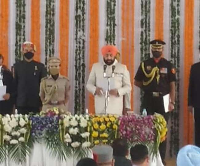 ब्रेकिंग न्यूज़ उत्तराखंड के राज्यपाल: लेफ्टिनेंट जनरल (सेनी) गुरमीत सिंह ने उत्तराखंड के राज्यपाल के रूप में शपथ ली