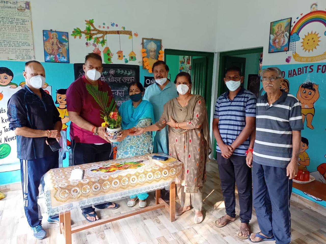 उत्तराखंड : शिक्षक दिवस पर विशेष - जब शिक्षक दिवस पर स्कूल स्कूल पहुंचे कैबिनेट मंत्री