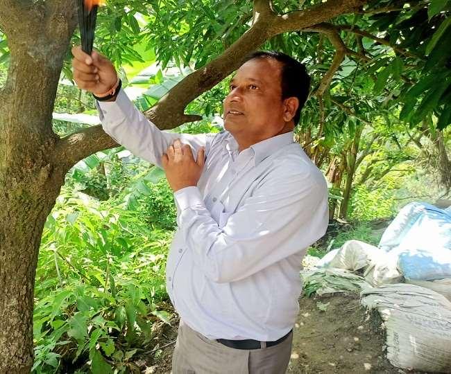 उत्तराखंड चंपावत : अब भगवान से मलबा रोकने की गुहार, चम्पावत में एनएच इंजीनियर ने की पूजा-अर्चना