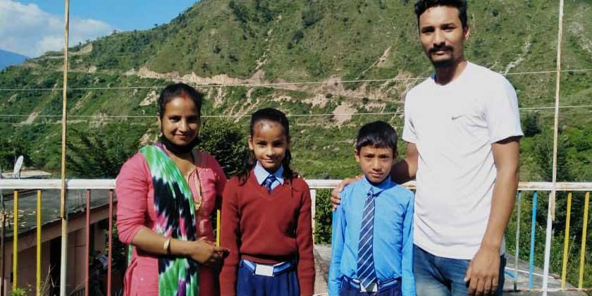 Breaking news from Jaunpur : S. F. Two students of Memorial School Garkhet were selected in Jawahar Navodaya Vidyalaya