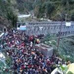 उत्तराखंड ब्रेकिंग न्यूज़ : सोनप्रयाग पहुंचे हजारों यात्री, वायरल हो रहा भीड़ का वीडियो