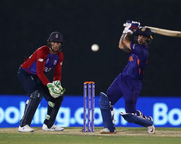 आईसीसी टी 20 वर्ल्ड कप : टीम इंडिया के ये दो खिलाड़ी हैं पाकिस्तान टीम के लिए खतरा, आया बल्लेबाजी सलाहकार का बयान
