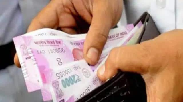 उत्तराखंड न्यूज़ : दिवाली से पहले सीएम धामी का तोहफा, उपनल कर्मचारियों का वेतन बढ़ा, हर महीने 2 से 3 हजार की बढ़ोतरी